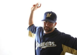 Shaun+Marcum+Milwaukee+Brewers+Photo+Day+onQbAGoecRgl