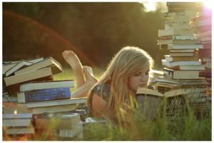 girl_book_560